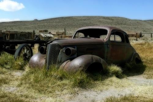A rusty, old car